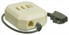 TAE-Tischadapter, TAE-F-Stecker - 3 x NFN+RJ11(6p4c)-Buchsen, Verschaltung: parallel, Farbe: weiss,